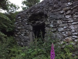 Stone shed that sheltered me on Glengesh Pass